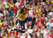 Could Ozil As A False 9 Solve Arsenal's Formational Issues?